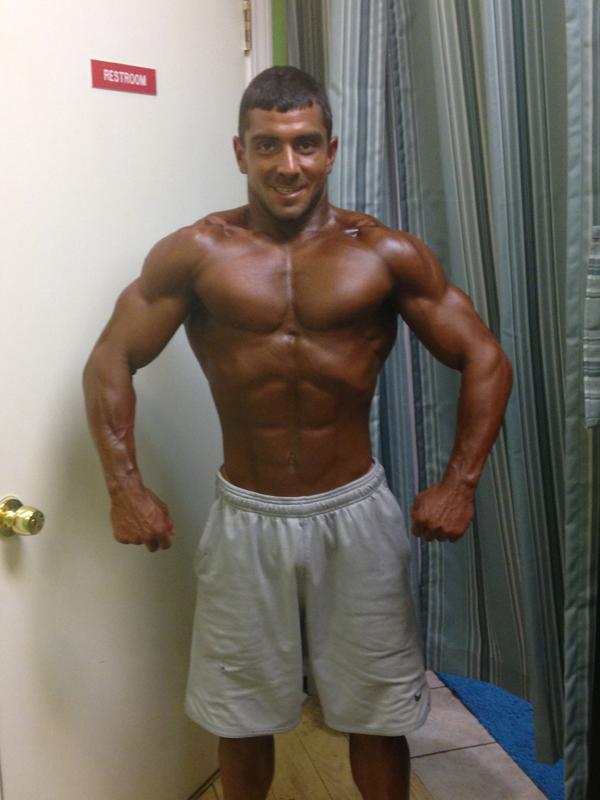 Bodybuilding Airbrush Tan – Bronze Body